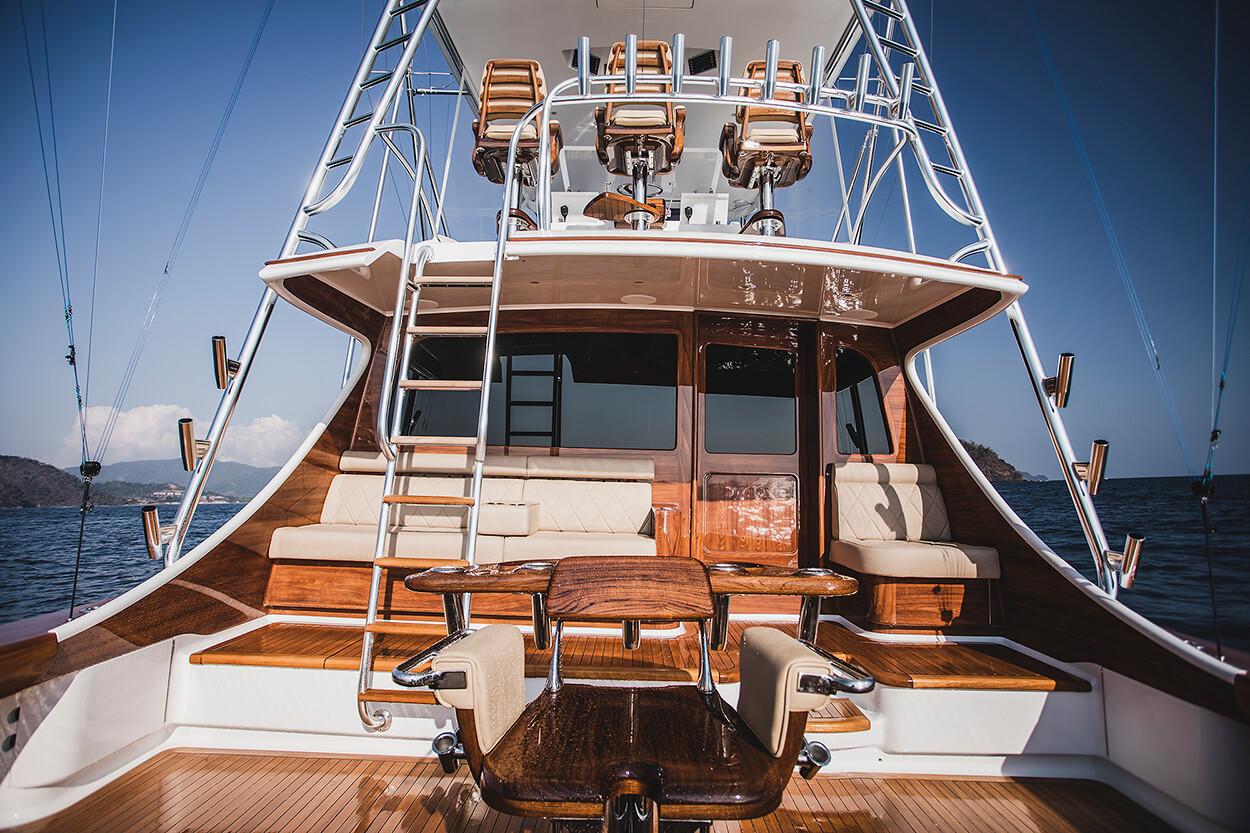 Blue Eagle Houston Texas Faux Teak bulkhead sportfishing yachts in ocean fishing billfishing