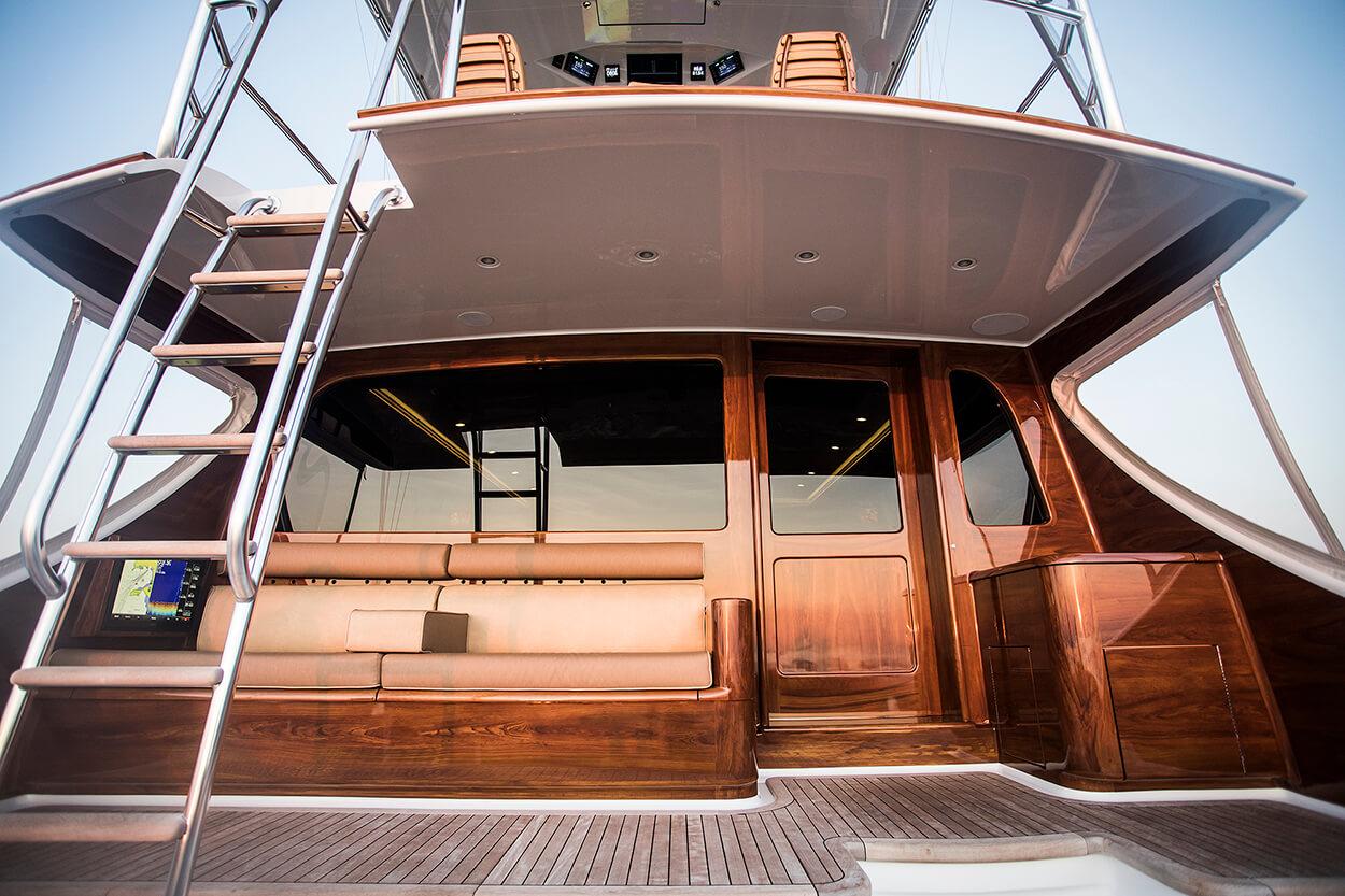Blue Eagle Houston Texas Faux Teak bulkhead straight view wooden planking layout