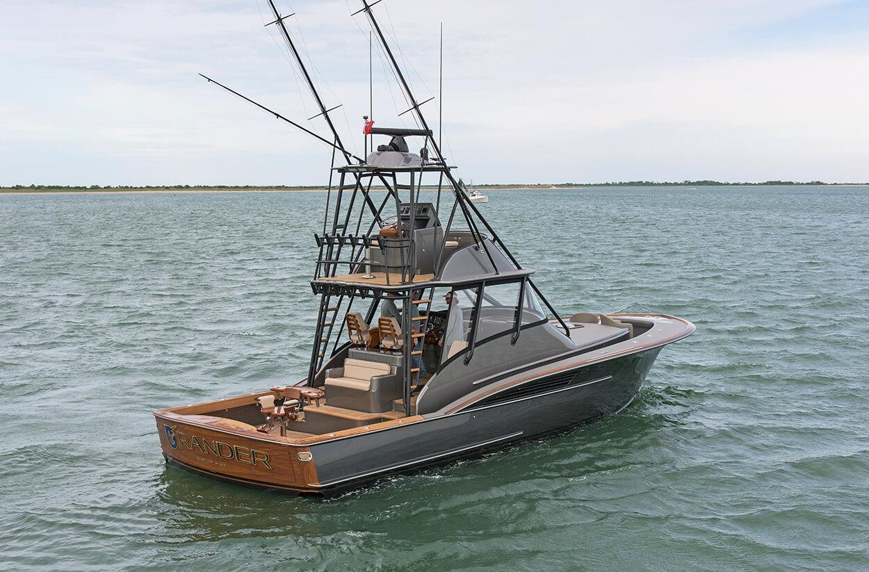Grander White Bay Boat Transom nightime vessel name design