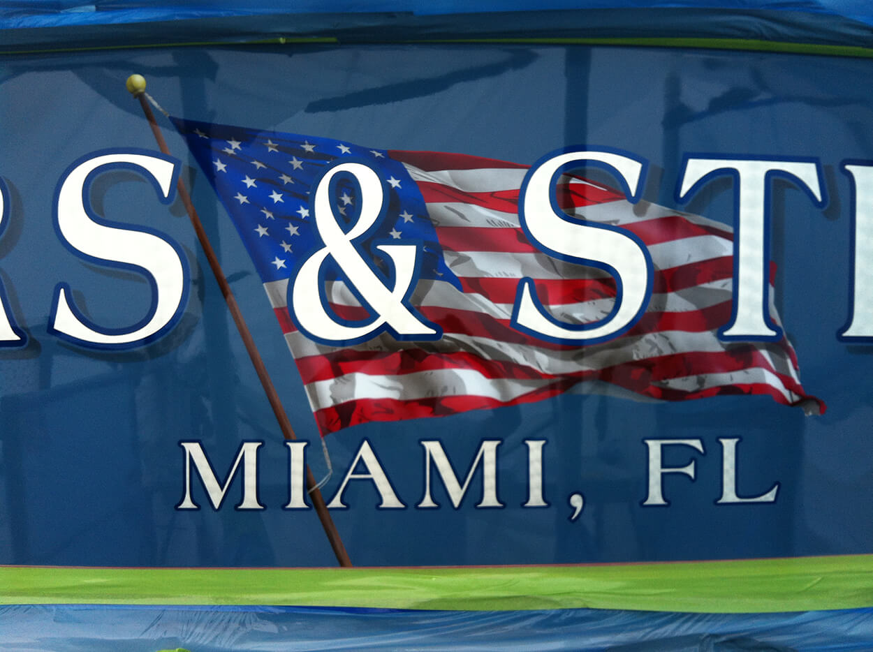 Tuna Teaser Palm Beach Florida Boat Transom name design graphic airbrushed
