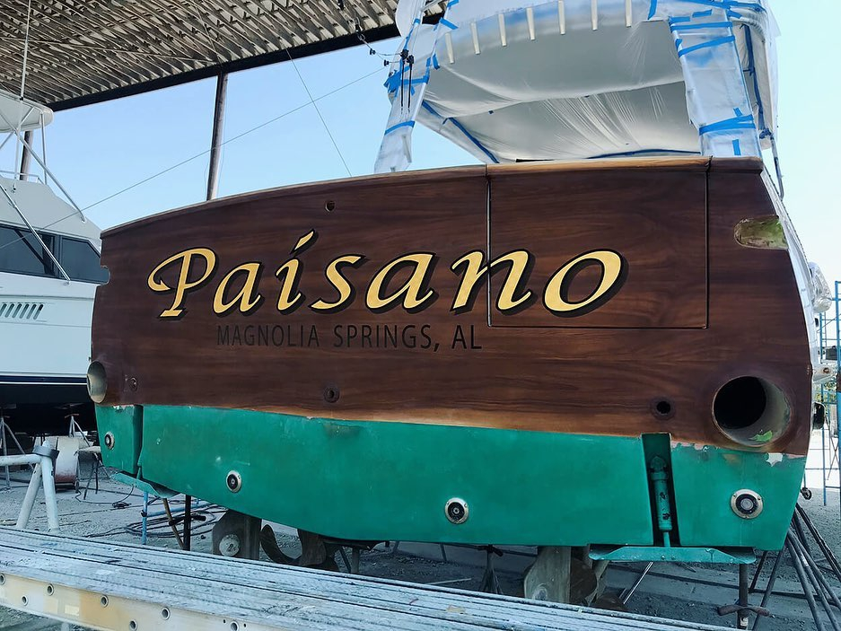 """Paisano"" features our 24 k gold leaf lettering, painted outlines, and a hard drop shadow. @buddydavisofficial"