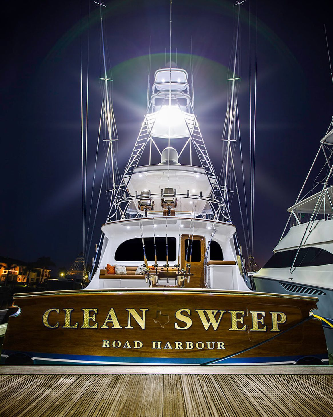 "Early morning shot of "" Clean Sweep"" featuring our custom, bevel style, white gold leaf lettering. @baylissboatworks"